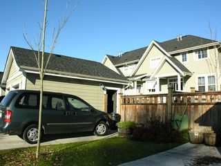 "Photo 19: 22984 BILLY BROWN Road in Langley: Fort Langley House for sale in ""BEDFORD LANDING"" : MLS®# F2903096"