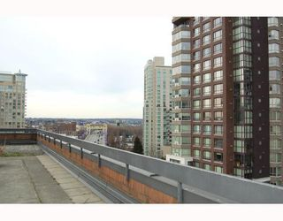 """Photo 7: 814 1330 BURRARD Street in Vancouver: Downtown VW Condo for sale in """"ANCHOR POINT 1"""" (Vancouver West)  : MLS®# V757308"""