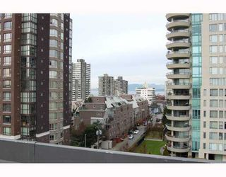 """Photo 6: 814 1330 BURRARD Street in Vancouver: Downtown VW Condo for sale in """"ANCHOR POINT 1"""" (Vancouver West)  : MLS®# V757308"""