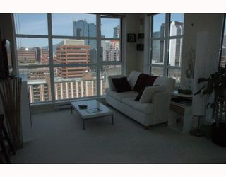 """Photo 3: 2002 1155 SEYMOUR Street in Vancouver: Downtown VW Condo for sale in """"BRAVA"""" (Vancouver West)  : MLS®# V775700"""