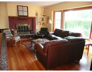 Photo 4: 6413 SAMRON Road in Sechelt: Sechelt District House for sale (Sunshine Coast)  : MLS®# V778983