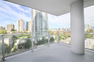 "Photo 10: 707 6538 NELSON Avenue in Burnaby: Metrotown Condo for sale in ""THE MET2"" (Burnaby South)  : MLS®# R2399182"