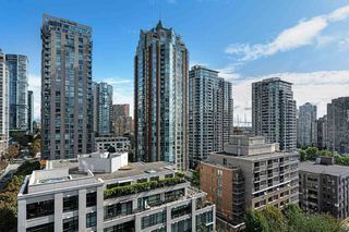 """Main Photo: 1202 1010 RICHARDS Street in Vancouver: Yaletown Condo for sale in """"THE GALLERY"""" (Vancouver West)  : MLS®# R2410664"""