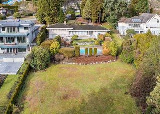 Main Photo: 684 SOUTHBOROUGH Drive in West Vancouver: British Properties House for sale : MLS®# R2422827