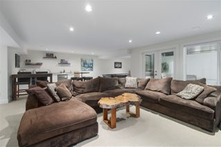 """Photo 16: 2586 164 Street in Surrey: Grandview Surrey House for sale in """"Westside at Orchard Grove"""" (South Surrey White Rock)  : MLS®# R2425240"""