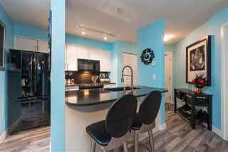 "Photo 2: 321 12248 224 Street in Maple Ridge: East Central Condo for sale in ""URBANO"" : MLS®# R2428227"