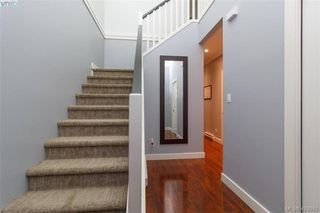 Photo 2: 978 Tayberry Terrace in VICTORIA: La Happy Valley Single Family Detached for sale (Langford)  : MLS®# 420042