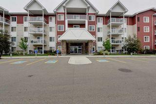 Photo 3: 212 2207 44 Avenue in Edmonton: Zone 30 Condo for sale : MLS®# E4203675