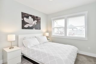 "Photo 18: 21038 77A Avenue in Langley: Willoughby Heights Condo for sale in ""IVY ROW"" : MLS®# R2474522"