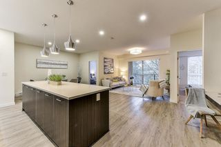 "Photo 4: B305 20087 68 Avenue in Langley: Willoughby Heights Condo for sale in ""PARK HILL"" : MLS®# R2496599"
