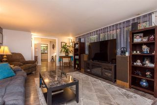 Photo 4: 8020 CEDAR Street in Mission: Mission BC House for sale : MLS®# R2514218