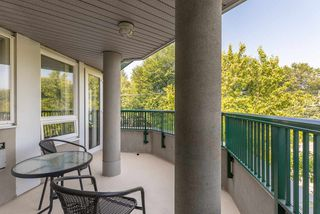 "Photo 16: A306 2099 LOUGHEED Highway in Port Coquitlam: Glenwood PQ Condo for sale in ""STATION SQUARE"" : MLS®# R2516783"
