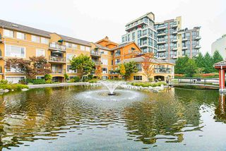"""Photo 2: 208 6 RENAISSANCE Square in New Westminster: Quay Condo for sale in """"CARNARVON TOWERS"""" : MLS®# R2525705"""