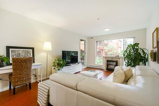 """Photo 6: 208 6 RENAISSANCE Square in New Westminster: Quay Condo for sale in """"CARNARVON TOWERS"""" : MLS®# R2525705"""