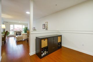 """Photo 14: 208 6 RENAISSANCE Square in New Westminster: Quay Condo for sale in """"CARNARVON TOWERS"""" : MLS®# R2525705"""