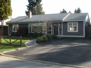 Photo 1: 1208 DOGWOOD in North Vancouver: Norgate House for sale : MLS®# V815547