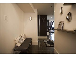 "Photo 9: 404 549 COLUMBIA Street in New Westminster: The Heights NW Condo for sale in ""C2C LOFTS"" : MLS®# V859467"