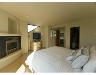 """Photo 6: PH 4 867 HAMILTON ST in Vancouver: Downtown VW Condo for sale in """"JARDINE'S LOOKOUT"""" (Vancouver West)  : MLS®# V601109"""