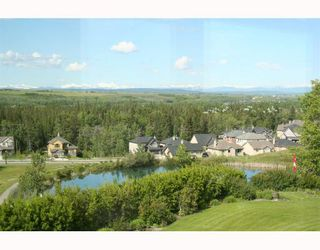 Photo 8: 34 Discovery Vista Point SW in CALGARY: Discovery Ridge Residential Detached Single Family for sale (Calgary)  : MLS®# C3335623