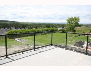 Photo 7: 34 Discovery Vista Point SW in CALGARY: Discovery Ridge Residential Detached Single Family for sale (Calgary)  : MLS®# C3335623