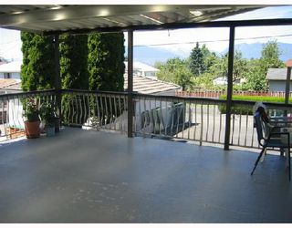 Photo 7: 1631 E 22ND Avenue in Vancouver: Knight House for sale (Vancouver East)  : MLS®# V754322