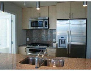 "Photo 3: 902 1211 MELVILLE Street in Vancouver: Coal Harbour Condo for sale in ""THE RITZ"" (Vancouver West)  : MLS®# V754705"