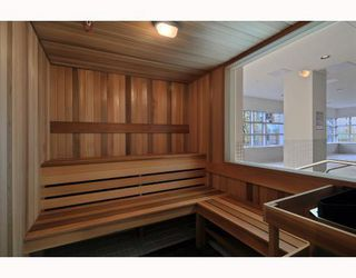 """Photo 7: 902 1211 MELVILLE Street in Vancouver: Coal Harbour Condo for sale in """"THE RITZ"""" (Vancouver West)  : MLS®# V754705"""