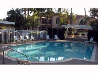 Photo 10: TIERRASANTA Condo for sale : 2 bedrooms : 11160 Portobelo in San Diego