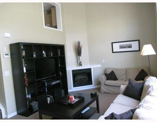 Photo 5: 231 COPPERFIELD Lane SE in CALGARY: Copperfield Townhouse for sale (Calgary)  : MLS®# C3385250