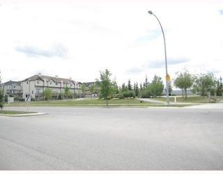 Photo 11: 231 COPPERFIELD Lane SE in CALGARY: Copperfield Townhouse for sale (Calgary)  : MLS®# C3385250