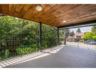"Photo 14: 6264 181A Street in Surrey: Cloverdale BC House for sale in ""Hilltop"" (Cloverdale)  : MLS®# R2392010"