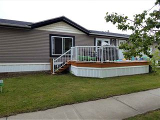 Photo 2: 104 Oak Wood Road in Edmonton: Zone 42 Mobile for sale : MLS®# E4170168