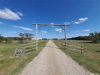 Photo 1: Hanley Acreage in Rosedale: Residential for sale (Rosedale Rm No. 283)  : MLS®# SK784210