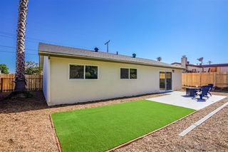 Photo 12: LINDA VISTA House for sale : 3 bedrooms : 1856 Crandall Dr in San Diego