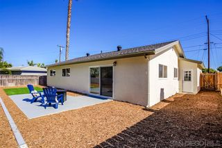 Photo 10: LINDA VISTA House for sale : 3 bedrooms : 1856 Crandall Dr in San Diego