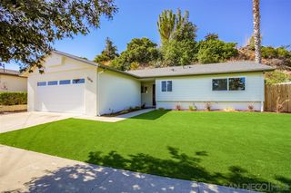 Photo 3: LINDA VISTA House for sale : 3 bedrooms : 1856 Crandall Dr in San Diego
