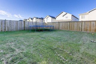 Photo 32: 2857 MAPLE Way in Edmonton: Zone 30 House for sale : MLS®# E4178246