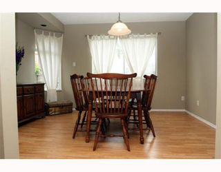 Photo 3: 5024 CENTRAL Avenue in Ladner: Hawthorne House for sale : MLS®# V780825