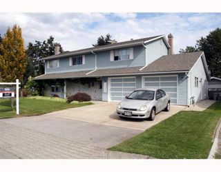Photo 1: 5024 CENTRAL Avenue in Ladner: Hawthorne House for sale : MLS®# V780825