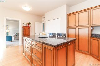 Photo 17: 8 934 Boulderwood Rise in VICTORIA: SE Broadmead Row/Townhouse for sale (Saanich East)  : MLS®# 828640