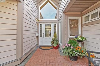 Photo 25: 8 934 Boulderwood Rise in VICTORIA: SE Broadmead Row/Townhouse for sale (Saanich East)  : MLS®# 828640