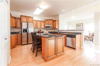 Photo 15: 8 934 Boulderwood Rise in VICTORIA: SE Broadmead Row/Townhouse for sale (Saanich East)  : MLS®# 828640