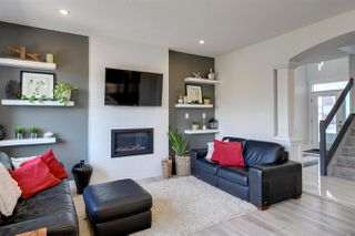Photo 4: 3901 ROBINS Crescent in Edmonton: Zone 59 House for sale : MLS®# E4196395