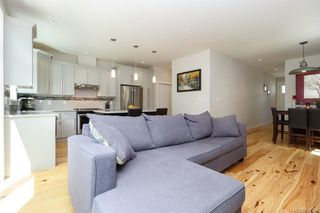 Photo 5: 2943 Burlington Cres in Langford: La Langford Lake House for sale : MLS®# 839904