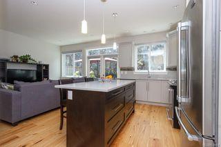 Photo 13: 2943 Burlington Cres in Langford: La Langford Lake House for sale : MLS®# 839904