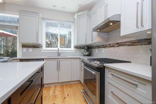 Photo 12: 2943 Burlington Cres in Langford: La Langford Lake House for sale : MLS®# 839904