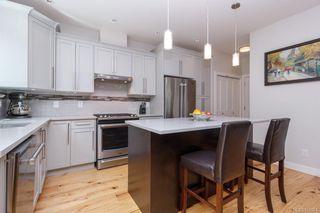 Photo 9: 2943 Burlington Cres in Langford: La Langford Lake House for sale : MLS®# 839904