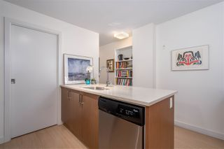 "Photo 14: 568 E 7TH Avenue in Vancouver: Mount Pleasant VE Condo for sale in ""8 ON 7"" (Vancouver East)  : MLS®# R2487538"
