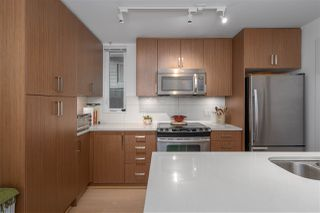 "Photo 15: 568 E 7TH Avenue in Vancouver: Mount Pleasant VE Condo for sale in ""8 ON 7"" (Vancouver East)  : MLS®# R2487538"