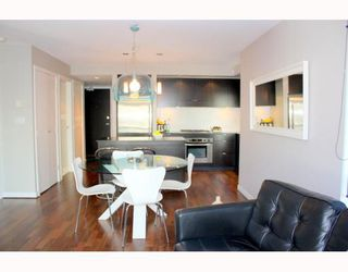 Photo 2: 501 1055 HOMER Street in Vancouver: Downtown VW Condo for sale (Vancouver West)  : MLS®# V784557